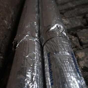 Multilayer aluminium foils are used in construction.
